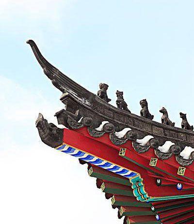 古色古香的家具,大红的中国结等元素,若是加上现代时尚设计的新中式图片