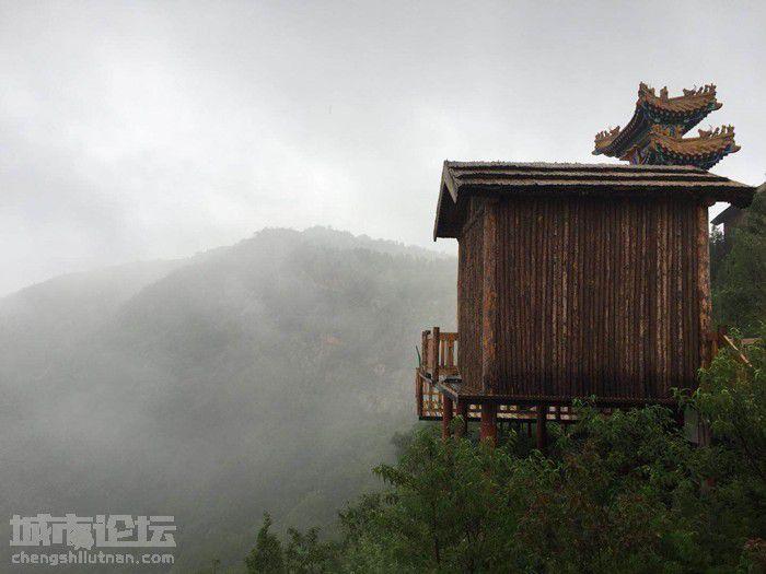 云烟成雨 雨后的长春观竟然这么美 (2).jpg